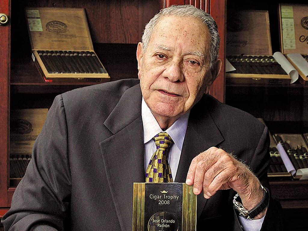 jose orlando padron cigar journal lifetime achievement award ecj trophy 2008