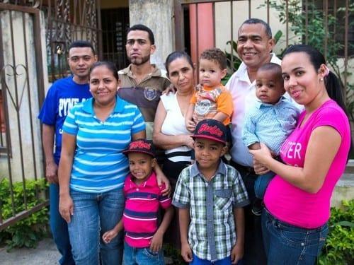 ramon emilio cruz inspector with his family davidoff villa gonzalez dominican republic