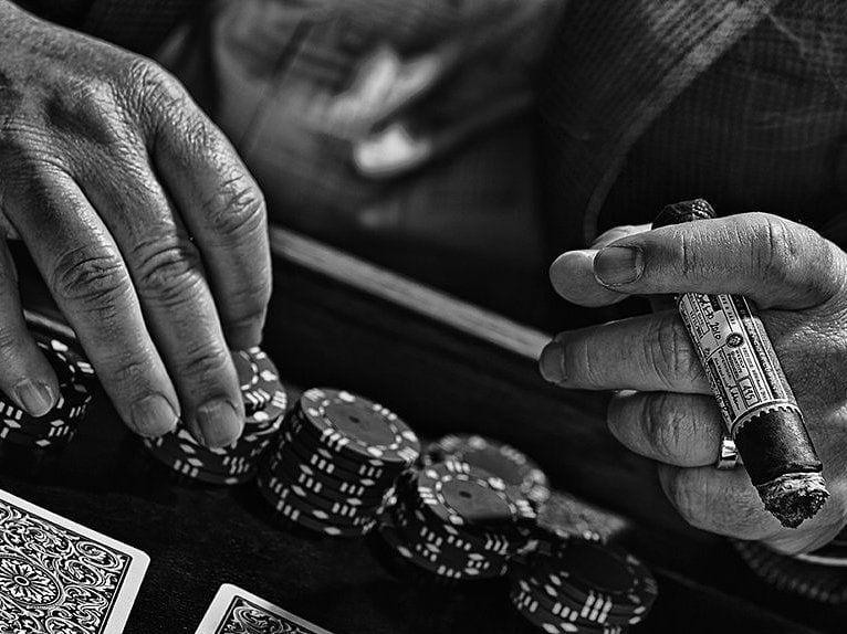 alec bradley poker