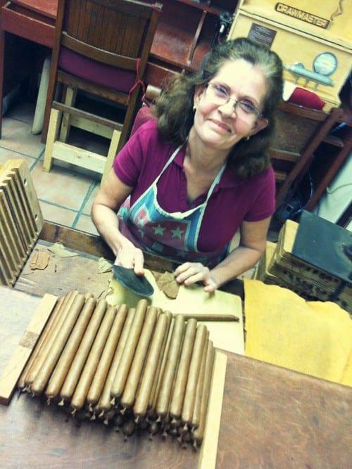 la palina factory best cigar roller maria sierra miami