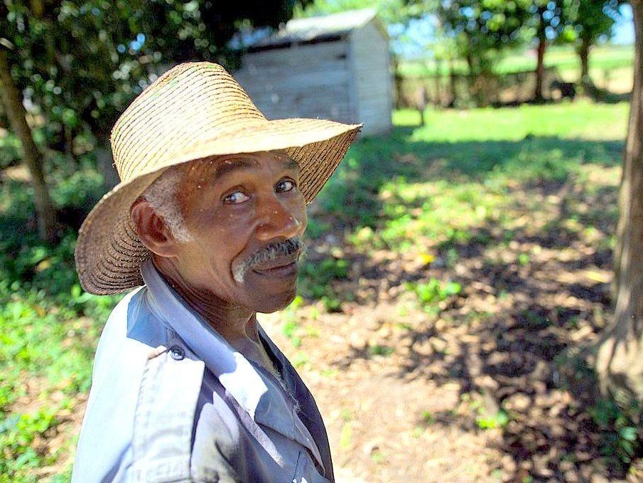 one day cuban tobacco farmer estanislao acosta