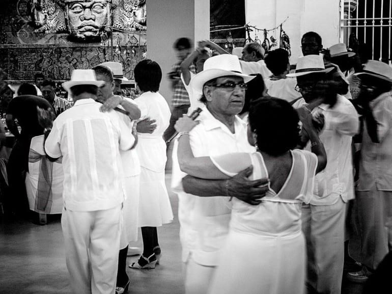 festival del puro mexicano san andres turrent dancing