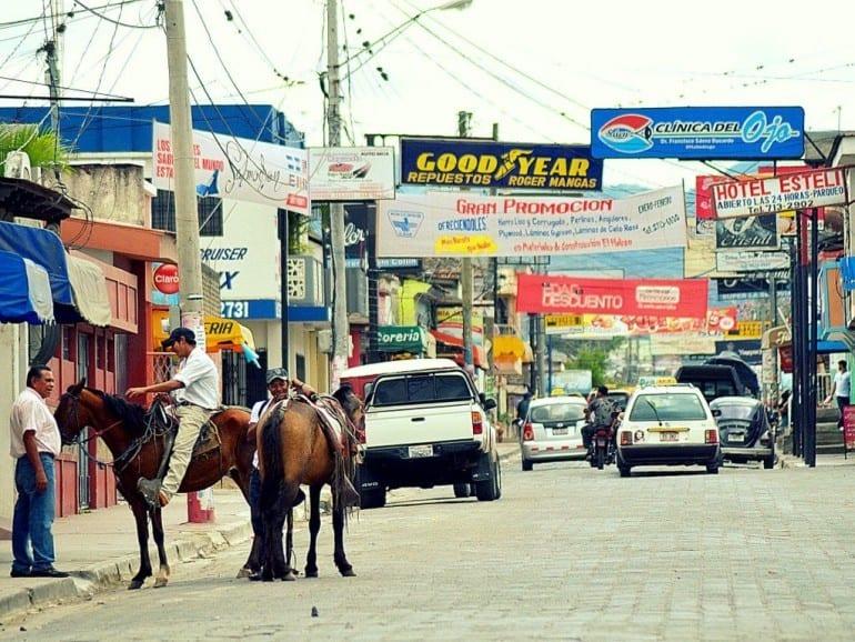 esteli street view commercials cars horses