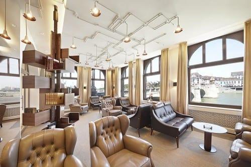 davidoff_flagship_store_basel_lounge
