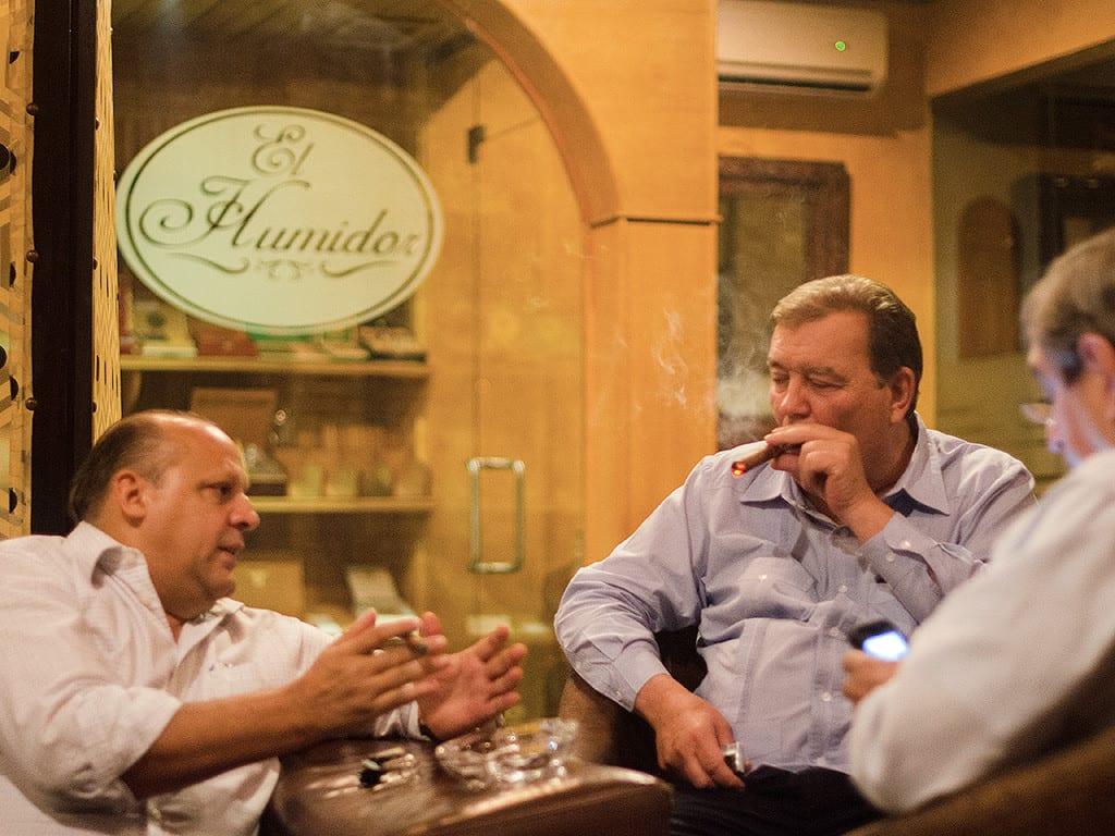 hendrik kelner cigar lounge la tabaqueria santiago