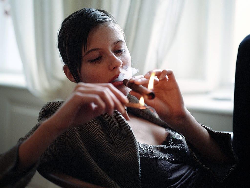 passionada lightning a cigar