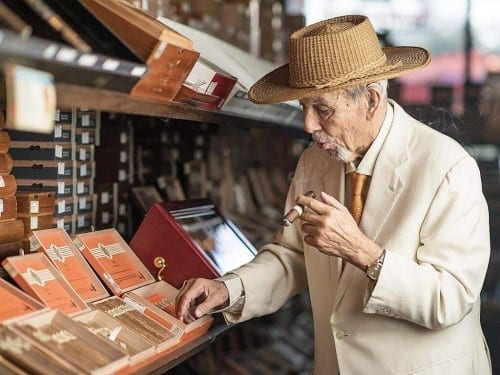 avo uvezian picks cigar avo cigar store open cigar boxes shelf
