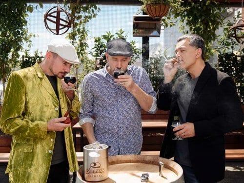 2 Brothers Smoking Jacket Brewery