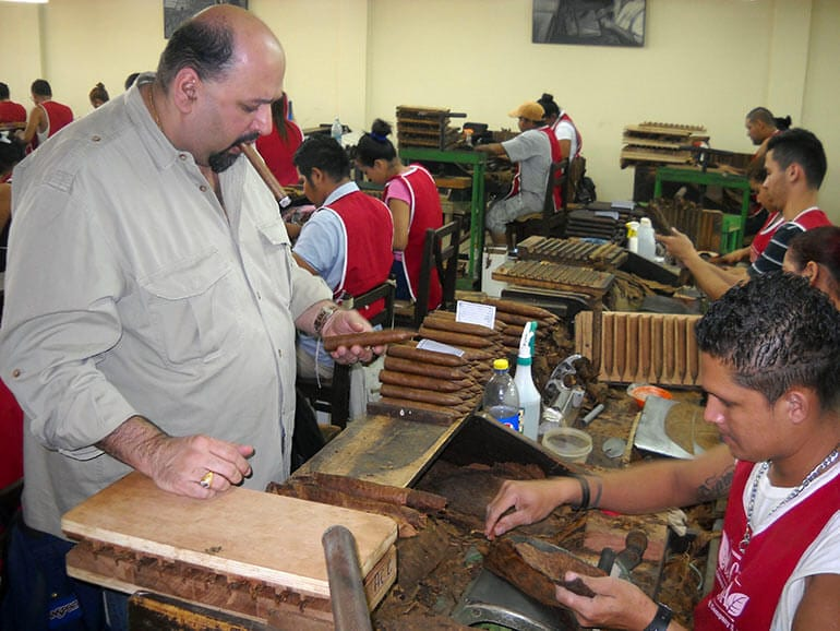 Kaizad Hansotia in a Cigar Factory