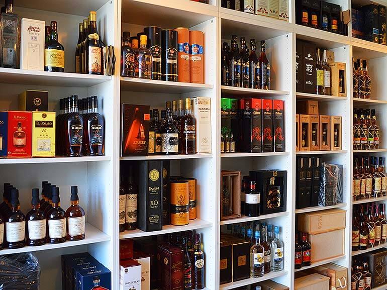 Rumzentrum Baden Showroom