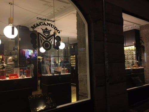 Cigar Shop Macanudo