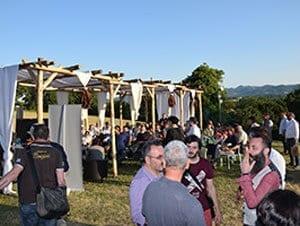 Besucher des ersten Cigar & Tobacco Festivals in San Giustino