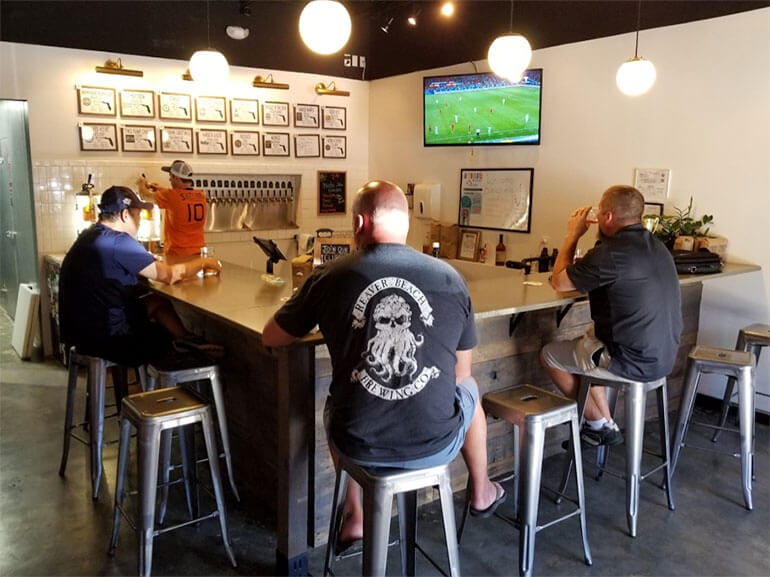 Bru Florida Growler Bar