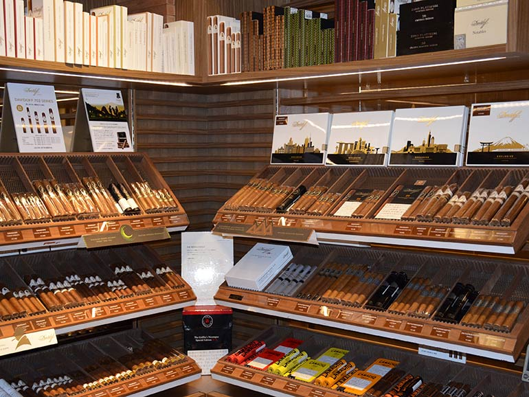 The Best Places to Smoke Cigars in Tokyo | Cigar Journal