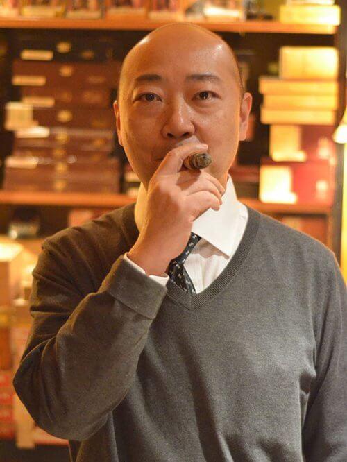 Simon Lam Cohiba Cigar Divan MOHK