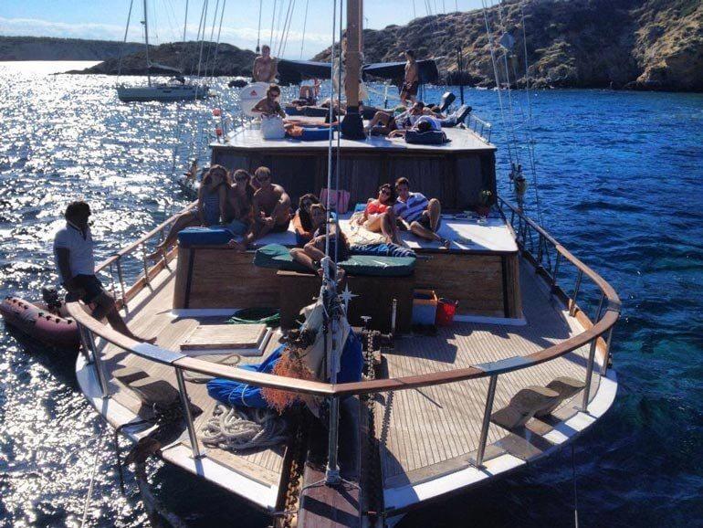 Islas,Puros y Ron – La vida buena