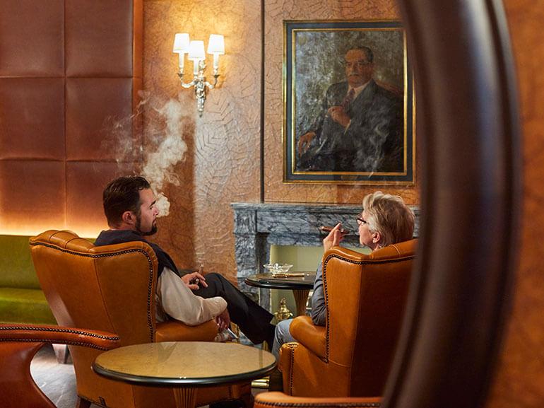 Kempinski Cigar Lounge by Zechbauer Vier Jahreszeiten Munich