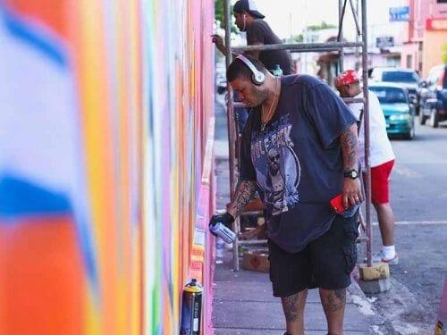 Jessi Flores Straßenkunst