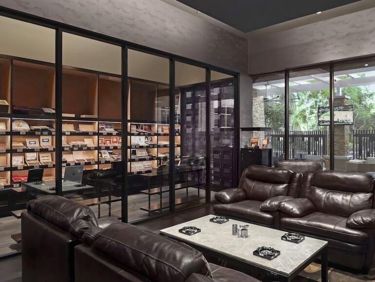 Agua Caliente Pivat Cigar Lounge