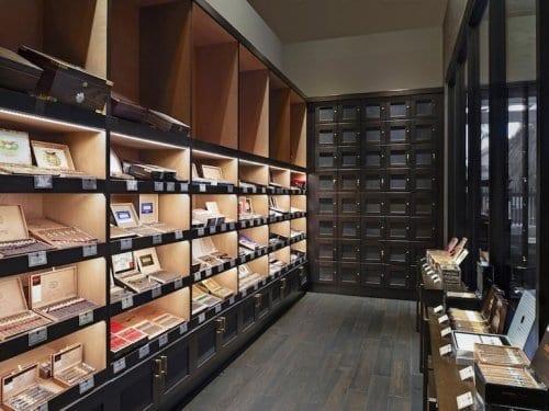 Pivat Cigar Lounge Humidor