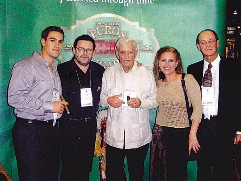 Puros-Messe-2006-Carlos-Diez