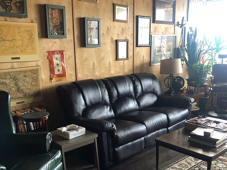 Main Street Cigar & Pipe Company Bel Air Maryland Library Lounge Area