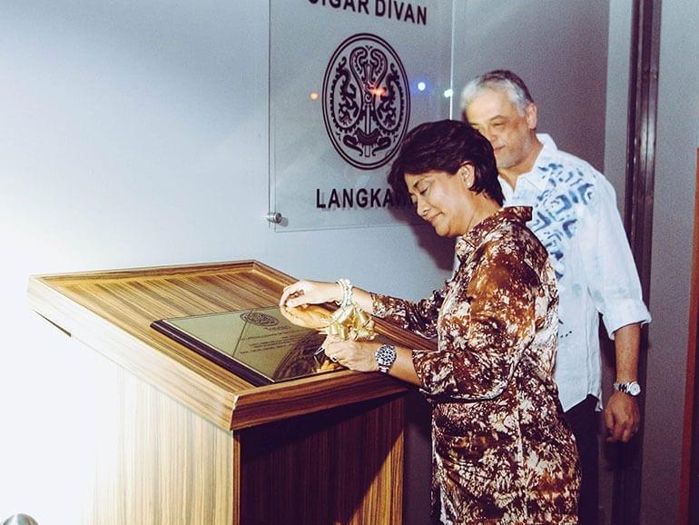 Trinidad Cigar Divan Langkawi Malaysia