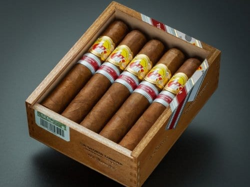 New Regional Edition La Gloria Cubana Invictos
