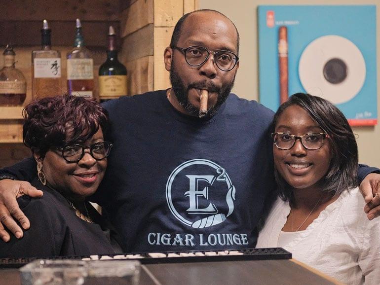 E squared cigar lounger